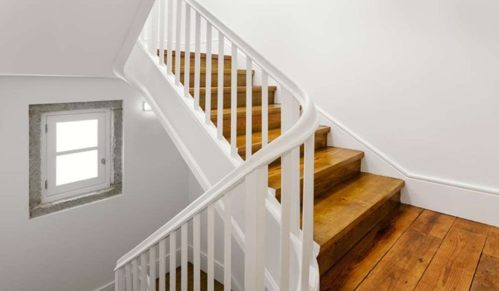 Respraying-Bannisters-Handrails